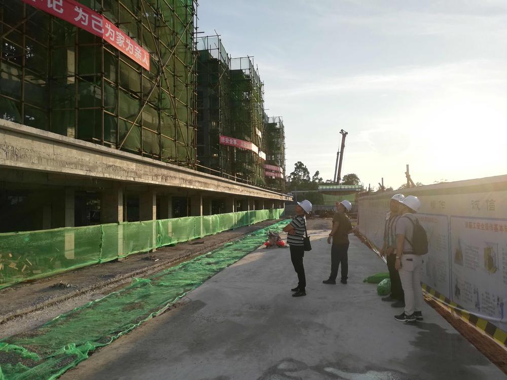 防城港港口区华侨渔业村渔民上岸棚户区改造项目.jpg